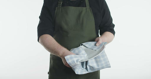Dishwasher drying plate with towel slowmotion ライブ動画