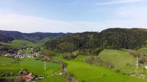 Drone-Flight Black Forest Germany fly spin90 village forest Archivo