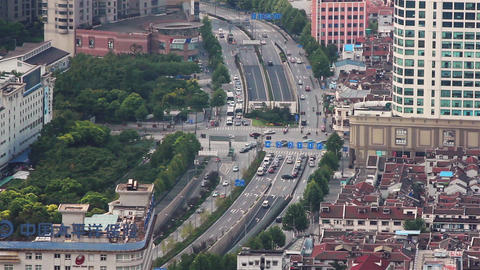 SHANGHAI - SEP 06, 2013:busy traffic over overpass in modern city , Shanghai Live影片
