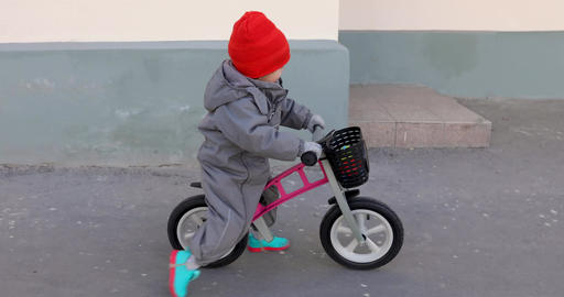 Little boy on a bicycle Live Action