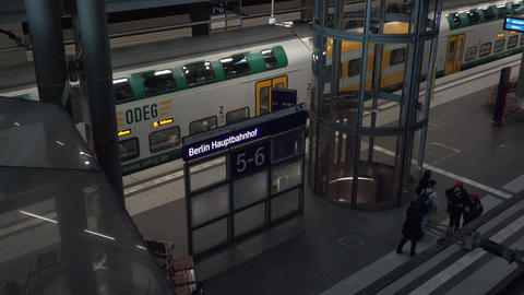 ULTRA HD 4k,real time view of trains arriving and departing at the Berlin Footage