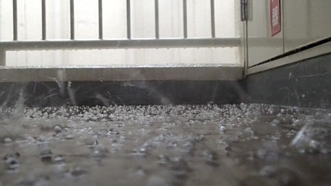 Sudden hail with thunderstorm in May in Tokyo Live Action