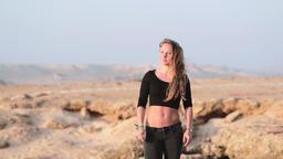 [alt video] Beautiful Young Woman Posing on Desert Sands