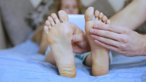 Foot massage at home Live Action