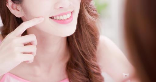 woman look her health teeth Live Action