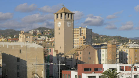 Savona view with Torre del Brandale, Italy Archivo