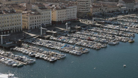 Boat mooring in the port of Marseille, France Archivo