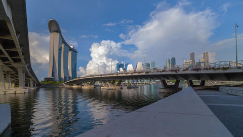 time lapse clip of Singapore skyline and financial buildings on a beautiful daylight Archivo