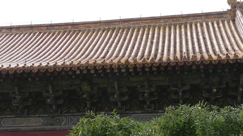 China ancient architecture.sculpture on roof... Stock Video Footage