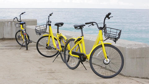Sea bike rental Archivo