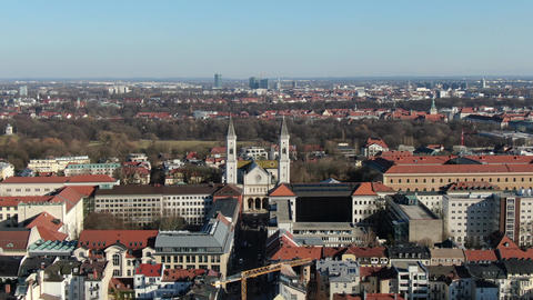 Massive city of Munich, with lots of different buildings and architectures, 4k Live Action