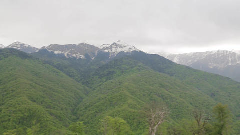 Snow-capped Caucasus mountains 001 Archivo
