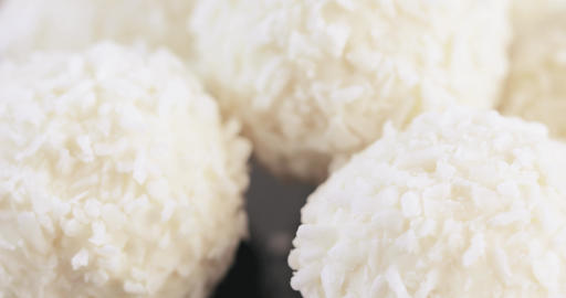 Candy in coconut flakes Archivo