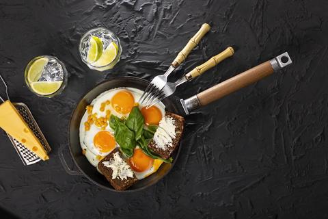 fried eggs, eggs, healthy, avocado, sausage, homemade, sandwich, toast, bacon, fruit Photo