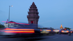 TIMELAPSE Independence monument with busy road,Phnom Penh,Cambodia Footage