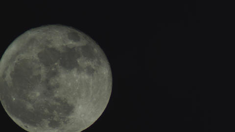 Full moon time-lapse Live Action