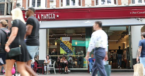 Pret A Manger Restaurant In London Live Action