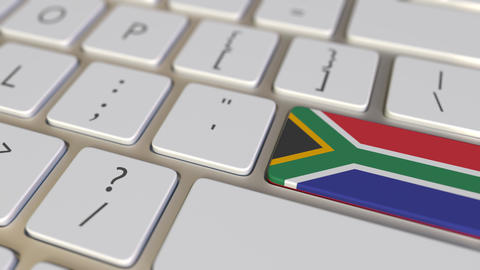 Key with flag of South Africa on the computer keyboard switches to key with flag Live Action