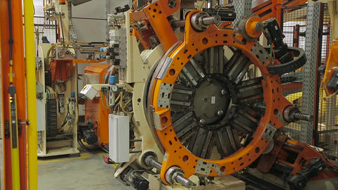Tire manufacture robotic equipment Live Action