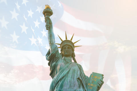 Image of double exposure statue of liberty and USA flag. Background for Independence day or Memorial Fotografía
