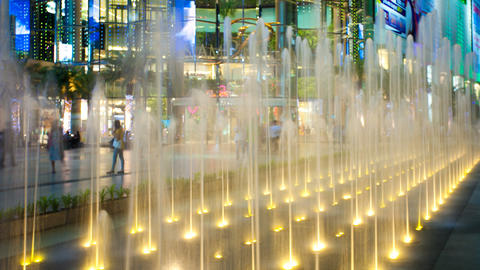 Timelapse - View of the fountain of Siam square in Bangkok Stock Video Footage
