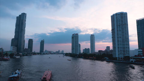 Time lapse, Cityscape view of Chao Phraya River at dusk Live Action