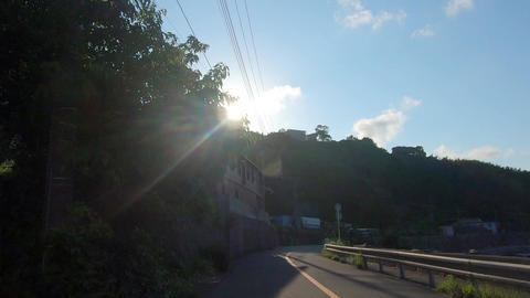 Driving picture. Sunlight and curve ライブ動画