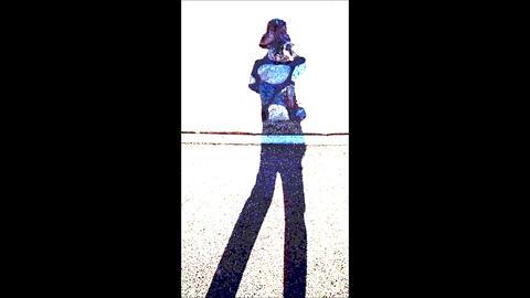 A Pop Rock Pattern Walking Person's Silhouette 1 ビデオ