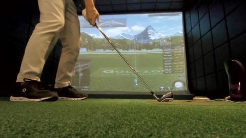 JSP-0485b Golf simulator Live Action
