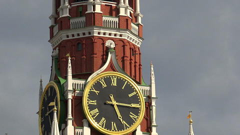 Kremlin chimes. The Spasskaya Tower. Moscow Footage