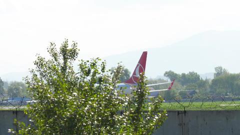 Turkish Airlines Boeing 737 landing Footage