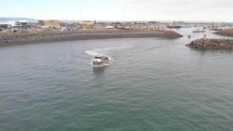 Sea trials for new commercial salmon fishing boat Live Action