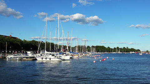 The harbor, the port in Helsinki ビデオ