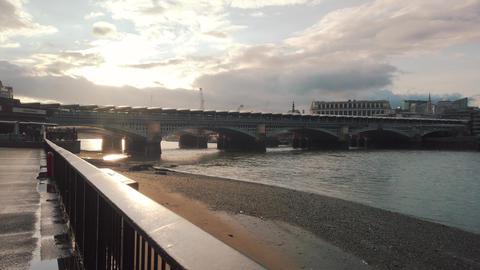 View to Blackfriars Railway Bridgel from Thames embankment ビデオ