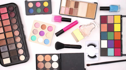 Beauty and make up products appear on white background - Stop motion Animation