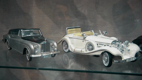 Models of old and preserved cars of the last century GIF