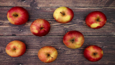 Apples appear and disappear from table - Stop motion Animation
