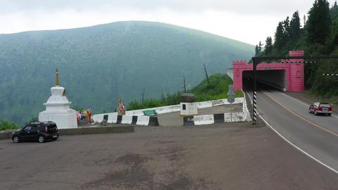 Dangerous mountain road 002 Live Action