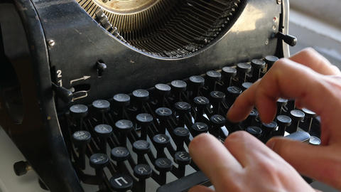 Man printing text with the broken cyrillic typewriter Footage