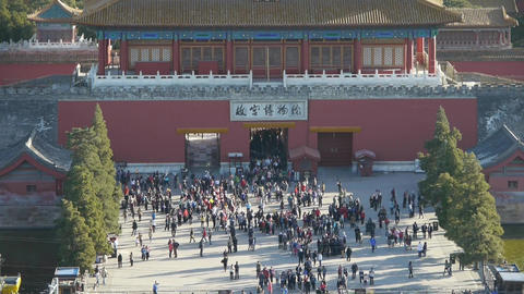 Many tourists people at China ancient architecture... Stock Video Footage