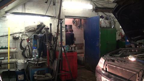 Repair of car Stock Video Footage