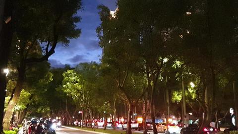 city,night Live影片