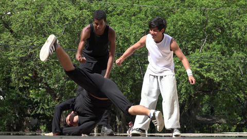 Break Dancer Teen Boys Live Action