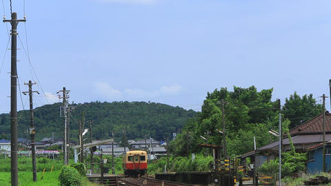 Local railway of Japan, the arrival of the station/小湊鉄道、駅到着。 Live Action