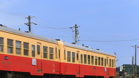 Local railway of Japan, arrived in the country of the station./ローカル線 Footage