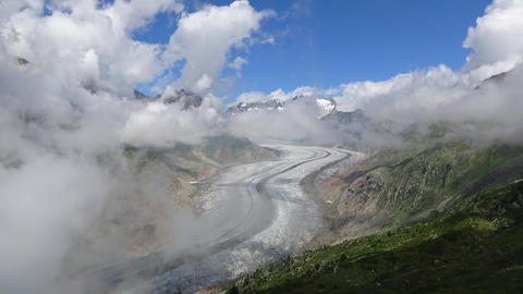 Time lapse Aletsch Glacier, route Aletsch Panoramaweg in national park Live Action