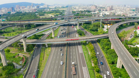 Aerial view of freeway interchange in kaohsiung city. Taiwan Live影片