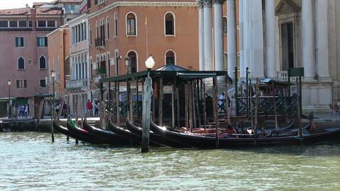 Gondolas on Grand Canal in Venice - Gondola service Live Action