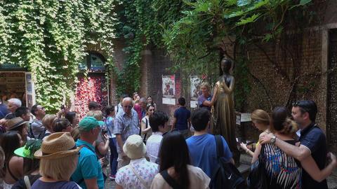 Famous Juliet s house in Verona - Casa di Giulietta Romeo and Juliet Footage