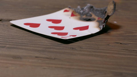 Burning seven of hearts card Live影片